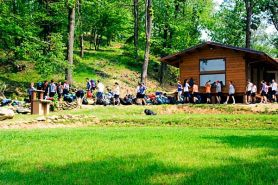 ...un área reservada a los grupos scout...